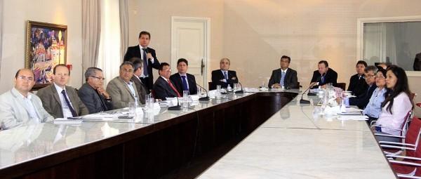 Governador Flávio Dino, secretários e membros do Cema