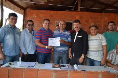 Superintendente do Senar Luiz Figueiredo participa da entrega de certificados no povoado S. Miguel em Porto Franco.