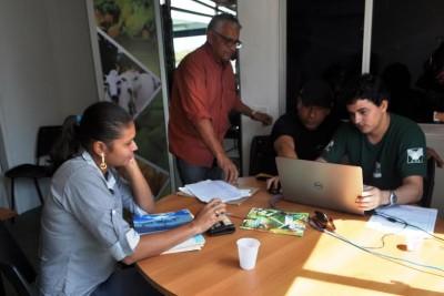 Faema/Senar mantém no estande, técnico para atender ao produtor no Cadastramento Ambiental Rural, (CAR).
