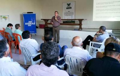 O sistema Faema/Senar realiza na Expoimp palestras ao produtor rural.