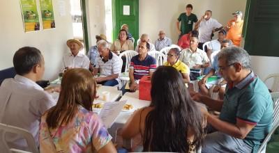 Associados durante processo de votação em Pedreiras