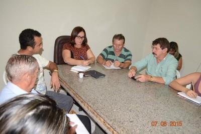 Prefeita de Chapadinha Ducilene Belezinha assina com os gestores do sistema Faema/Senar convênio para implantação da Rede e-Tec.
