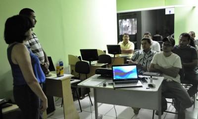 Yolanda Batista, (FPR/PS), Reginaldo Vieira, (Patrimônio) e Wellington Sousa, (Sindbalsas), fazem aula inaugural do curso de Agronegócio em Balsas.
