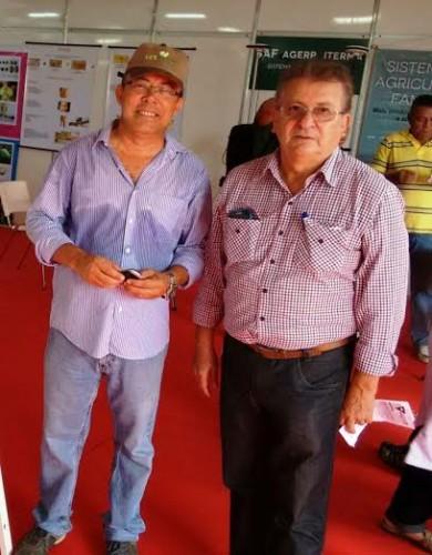 Presidente da Faema, Raimundo Coelho visita Agritec acompanhado por produtor rural da Baixada.
