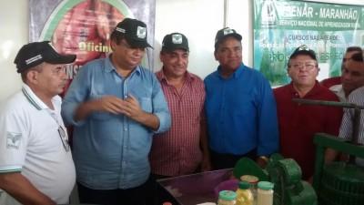 Governador Flávio Dino e comitiva visitam estande do sistema Faema/Senar