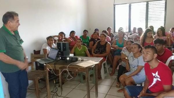 Carlos Antônio Feitosa, do Senar durante seminário em municípios do Baixo Parnaíba.