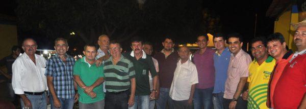 Raimundo Coelho, (Faema) e Luiz Figueiredo, (Senar), com lideranças sindicais ligados ao sistema.
