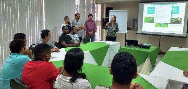 Andreia Barbosa, do Senar Brasil, participou da abertura da primeira turma de capacitação do ABC Cerrado.