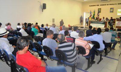 Raimundo Coelho preside Reunião em São João dos Patos.