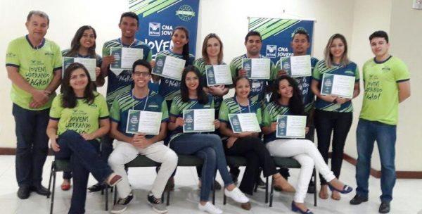 Jovens no encerramento das etapas do programa no Maranhão