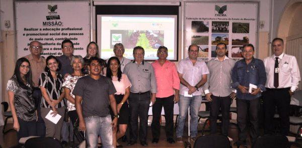 Grupo de gestores e técnicos do Governo e do sistema Faema/Senar