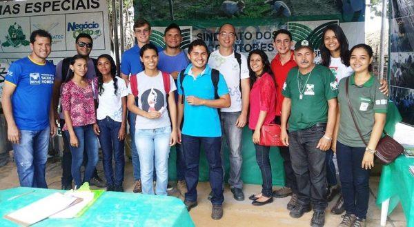 Alunos do programa Rede E-Tec do Senar visitam estande na ExpoChapadinha