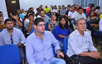 Técnicos e instrutores durante palestra de encerramento na UEMA