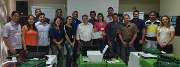 Raimundo Coelho da Faema acompanha treinamento gerencial dos técnicos em São Luís.