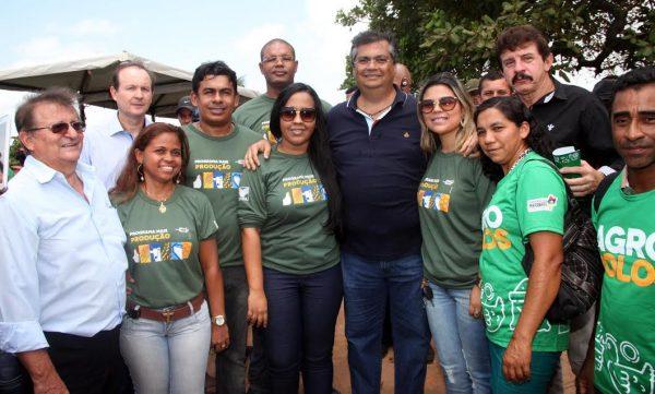Governador Flávio Dino, com secretário da Sagrima, gestores do sistema Faema/Senar e equipe técnica. (foto: Handson Chagas)