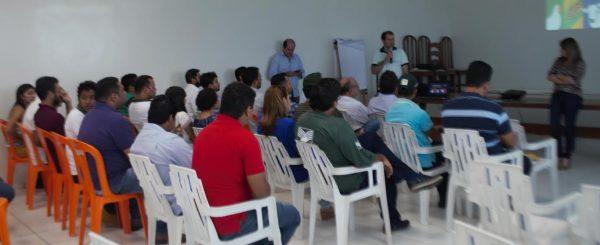 Epitácio Rocha do Senar durante apresentação a técnicos de campo em Imperatriz.